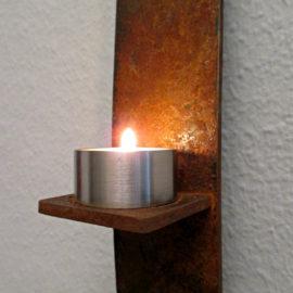 eelichthaltern und Kerzenhaltern